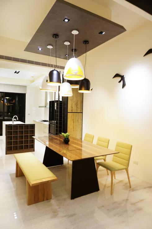 住宅設計 / 李小姐:  餐廳 by 沐築空間設計
