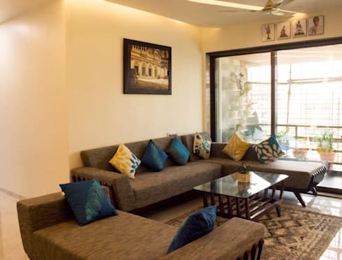 Residential Interior of 2bhk: modern Living room by ENTWURF