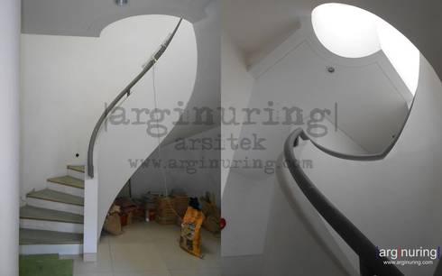 Tangga:   by Arginuring Arsitek
