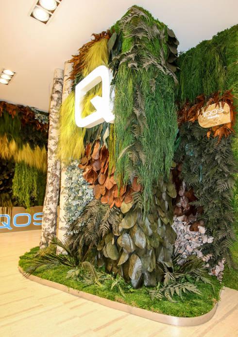 Loja IQOS – Projeto Greenarea: Lojas e espaços comerciais  por Traços Interiores
