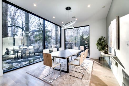 Chesapeake: modern Dining room by KUBE Architecture