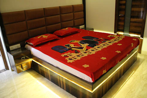 Garg Residence: modern Bedroom by KHOWAL ARCHITECTS + PLANNERS