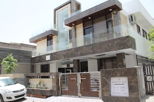Garg Residence: modern Houses by KHOWAL ARCHITECTS + PLANNERS