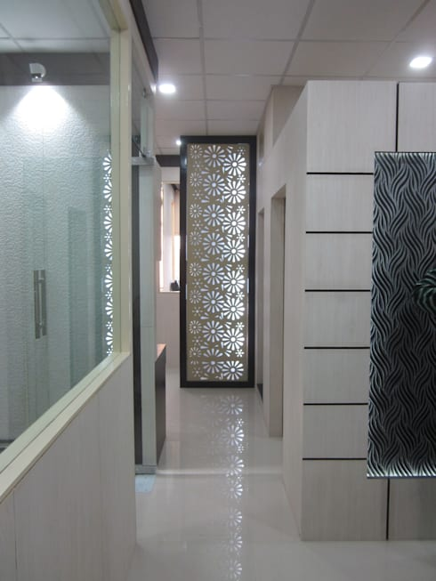 Office Interior- Surbhi Meditech: modern Study/office by KHOWAL ARCHITECTS + PLANNERS