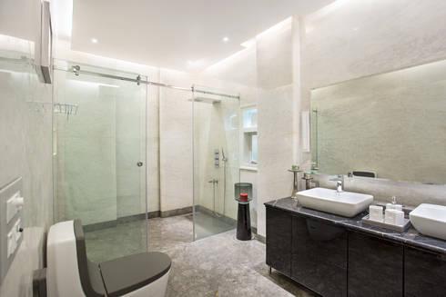 CHATTARPUR FARM HOUSE, NEW DELHI: eclectic Bathroom by Total Interiors Solutions Pvt. ltd.