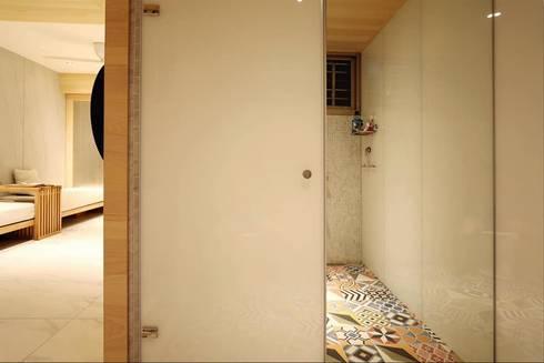 M.W JOINTS罕氏家居 x 大砌誠石空間設計 創意總監的家:  牆壁與地板 by M.W JOINTS |罕氏家居