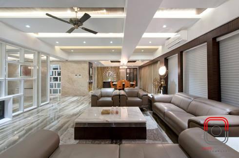 Juhu Residence: modern Living room by neale castelino Photography