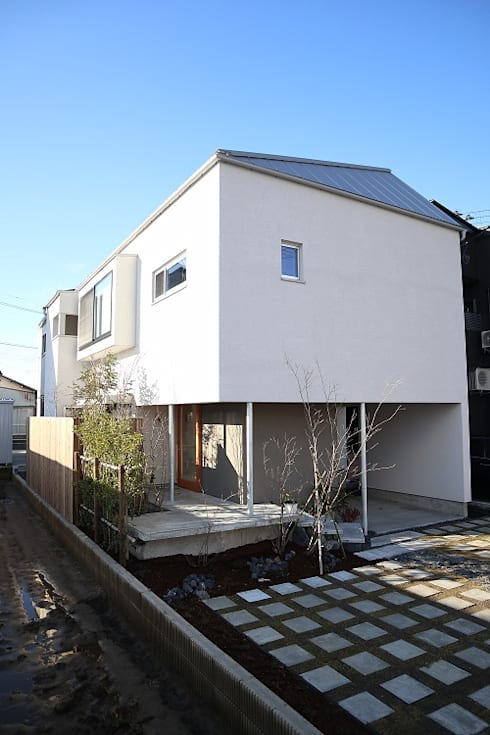 出窓の家: あかがわ建築設計室が手掛けた家です。