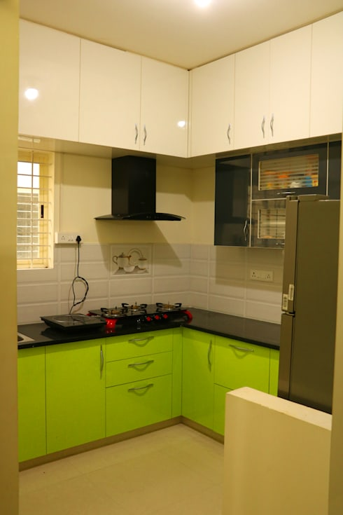 2BHK @ Poornima Elite: minimalistic Kitchen by FOGLINE INTERIORS