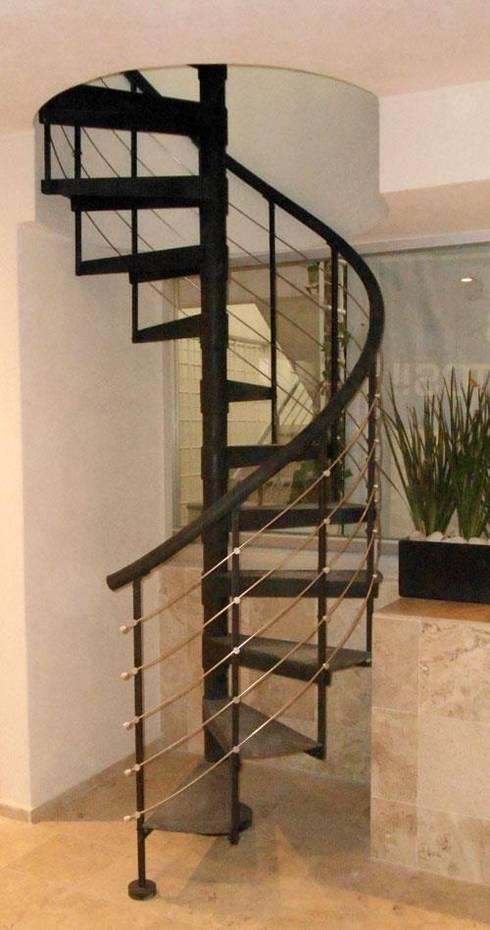 Escalera caracol chichen itza de suvire escaleras homify - Dimensiones escalera de caracol ...