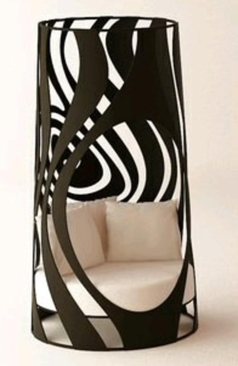 Lounger:  Corridor, hallway & stairs  by Metallica Steel