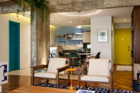 Apartamento Frei Caneca: Salas de estar modernas por Marcella Loeb