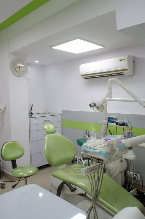 Procedure area: modern Study/office by Varun Seth