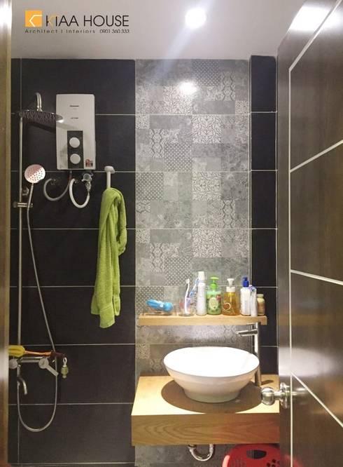 Căn hộ siêu tiết kiệm – Chung cư Ehome 2:  Phòng tắm by KTAA HOUSE