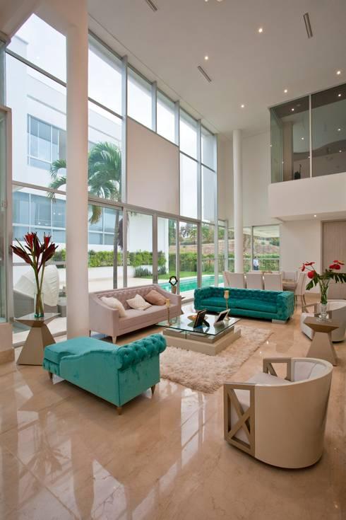 Casa MG: Salas de estilo moderno por Cabas/Garzon Arquitectos