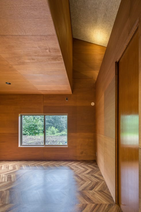 TH-HOUSE: Yama Designが手掛けた子供部屋です。