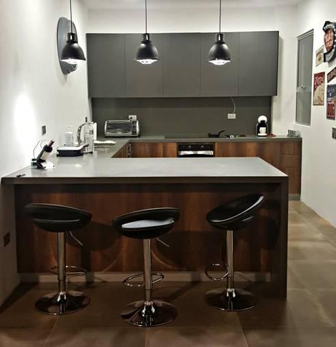 Ambiente de Cocina: Cocinas integrales de estilo  por TRES52 S.A.S