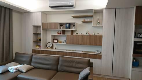 2F客廳沙發背牆:  客廳 by 窩居 室內設計裝修