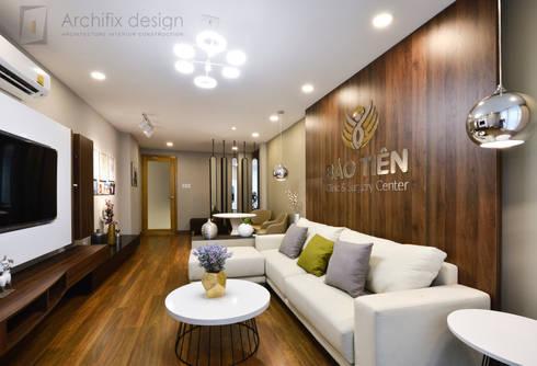 DỰ ÁN THIẾT KẾ THI CÔNG : CẢI TẠO NHÀ PHỐ – NHÀ Ở TƯ NHÂN:  Phòng khách by Archifix Design