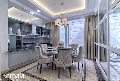 Private Residence @ Venice, PIK :  Ruang Makan by Kamala Interior