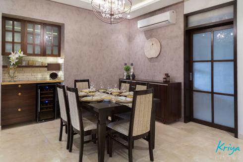 3 BHK Apartment—Raheja Pebble Bay: modern Dining room by KRIYA LIVING