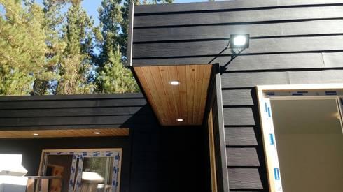 diseño de casas de madera: Casas unifamiliares de estilo  por Incove Ingeniería y Construcción