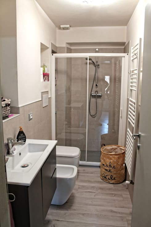 Baños de estilo moderno por MAURRI + PALAI architetti