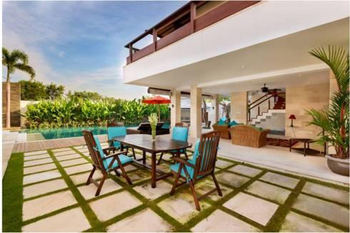 Villa Saya - Bbq area:  Taman by HG Architect
