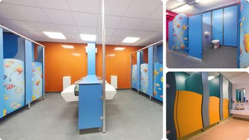 Khu vực vệ sinh cho bé:   by Picomat Sài Gòn