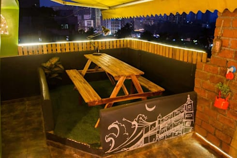 Sutra HR :  Balconies, verandas & terraces  by ARTickle Design
