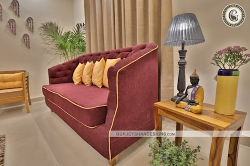 Apartment Drawing Room Design:   by Gurjot Shan Designs
