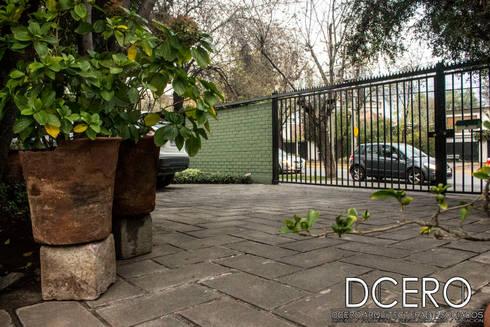 Tasación Comercial: Jardines con piedras de estilo  por Dcero Arquitectura