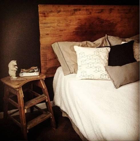 Lado Masculino: Dormitorios de estilo escandinavo por OOST / Sabrina Gillio