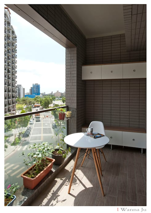 名人雅仕(住宅設計案 2013):  庭院 by 北歐制作室內設計