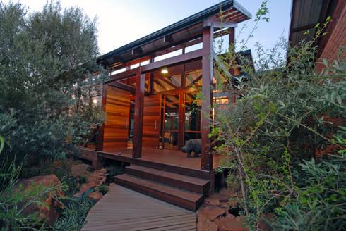 House Cooper :  Single family home by Hugo Hamity Architects