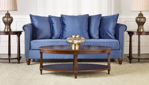 Salisbury Sofa: classic Living room by Bombay Canada