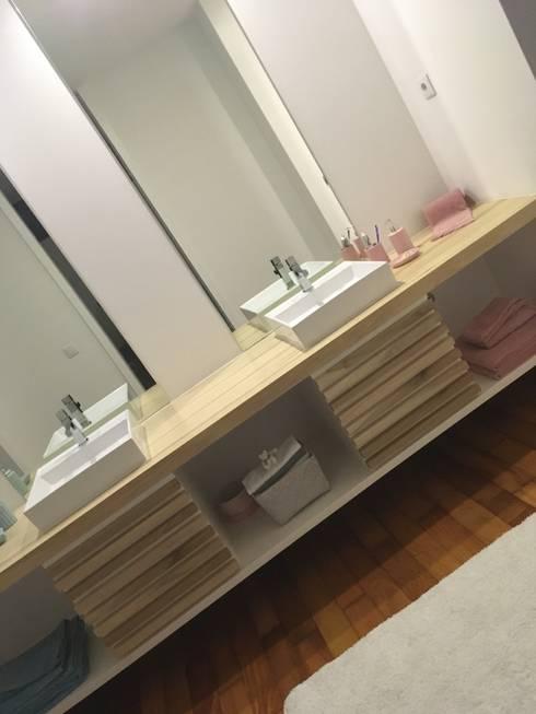 Casa moderna: Casa de banho  por Fernando carvalho