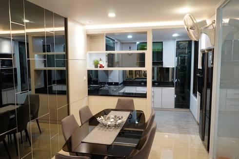 Kitchen Area:  Kitchen by Cendana Living