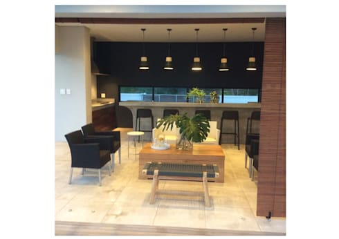 Top Floor: modern Living room by MINIM INTERIOR DESIGN