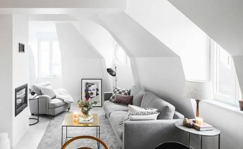 Trần phòng khách màu trắng :  Phòng khách by Thương hiệu Nội Thất Hoàn Mỹ