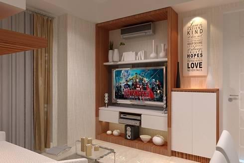 panel tv:  Living room by Cendana Living