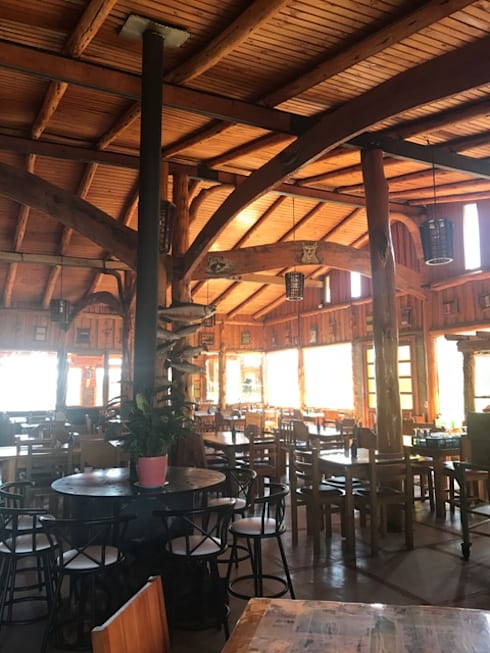Ampliacion Restaurante Sector Ralun , decima region : Restaurantes de estilo  por Aedo Arquitectos & Design