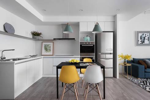 叁弎:  廚房 by 知域設計