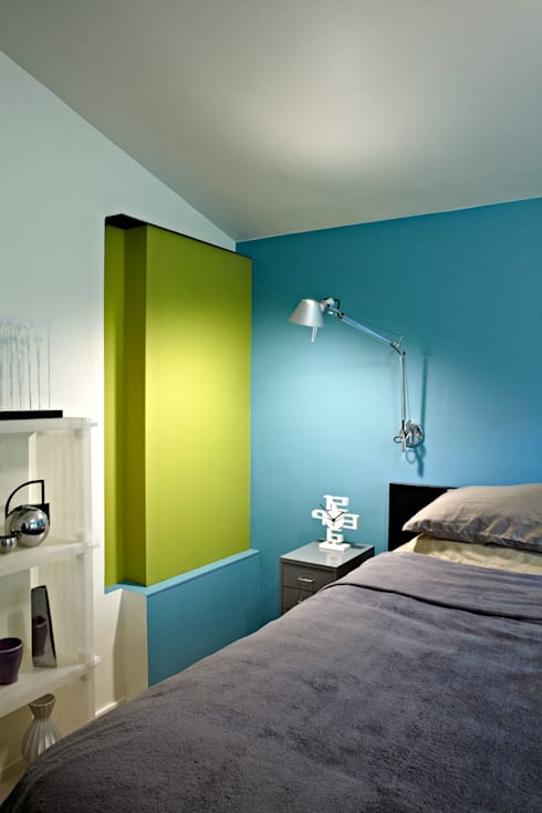 Architects Modern: modern Bedroom by KUBE Architecture