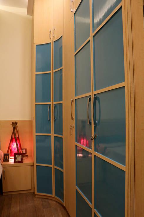 3 BHK Apartment Of Dr Sagar Bangalore: modern Bedroom by Cee Bee Design Studio