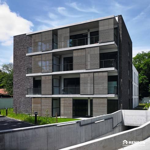 Loggia: modern Houses by Atria Designs Inc.
