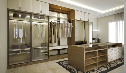 Walking Closet:   by Vivame Design
