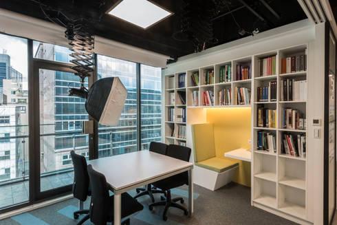【辦公空間】CRE8台北內湖辦公室:  辦公大樓 by 亞卡默設計有限公司