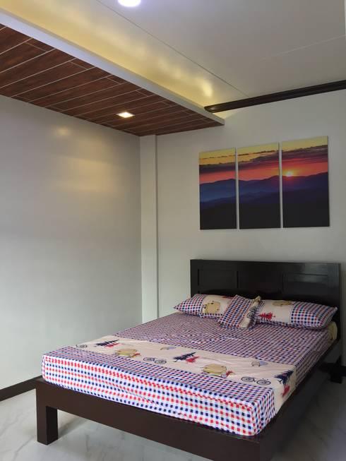 PRIVATE RESORT: minimalistic Bedroom by JGA INTERIORS