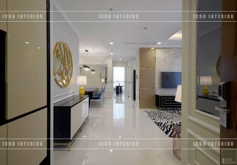 Phong cách Tân Cổ Điển trong thiết kế nội thất căn hộ Vinhomes Central Park:  Cửa ra vào by ICON INTERIOR